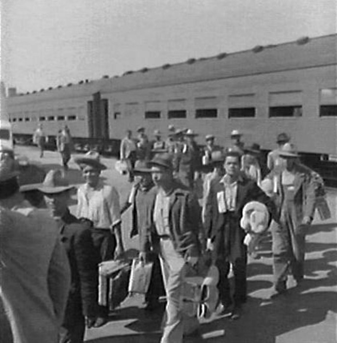 Under what was called the Bracero Program Mexican workers arrived in Los Angeles in 1942.