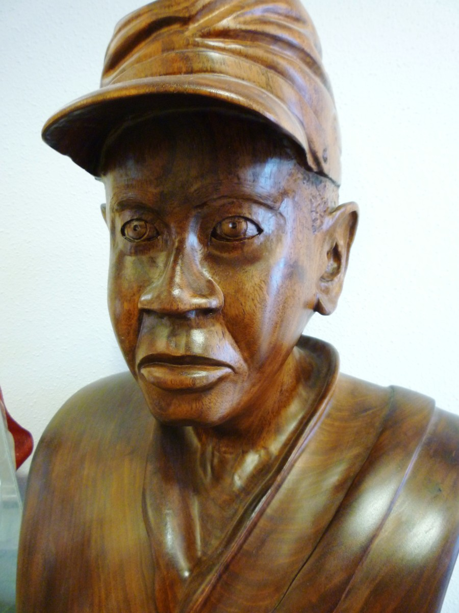 Beautifully carved wooden bust in Buffalo Soldiers National Museum