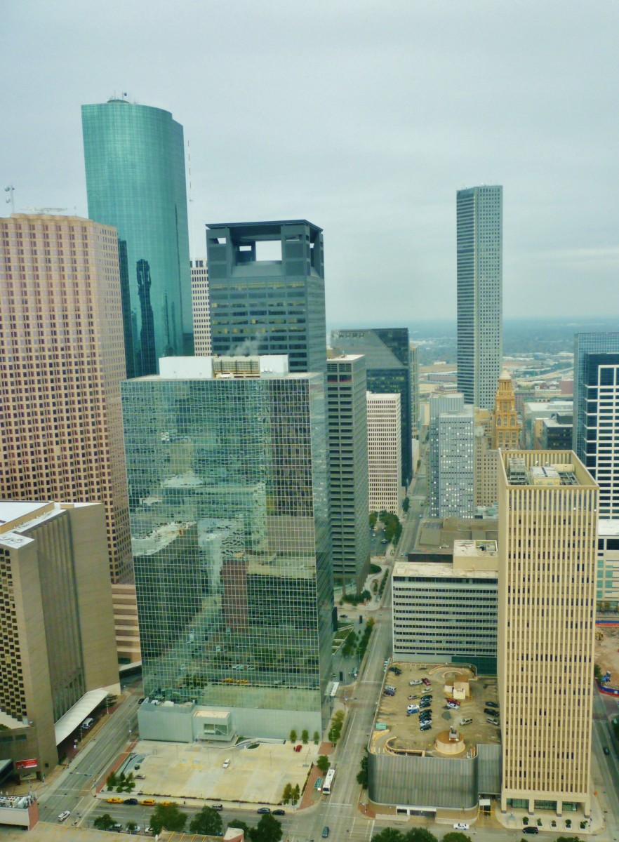 Note height difference of Niels Esperson Building (middle of picture to the right) compared to surrounding skyscrapers. Photo taken from high up in the former location of the Petroleum Club in downtown Houston.