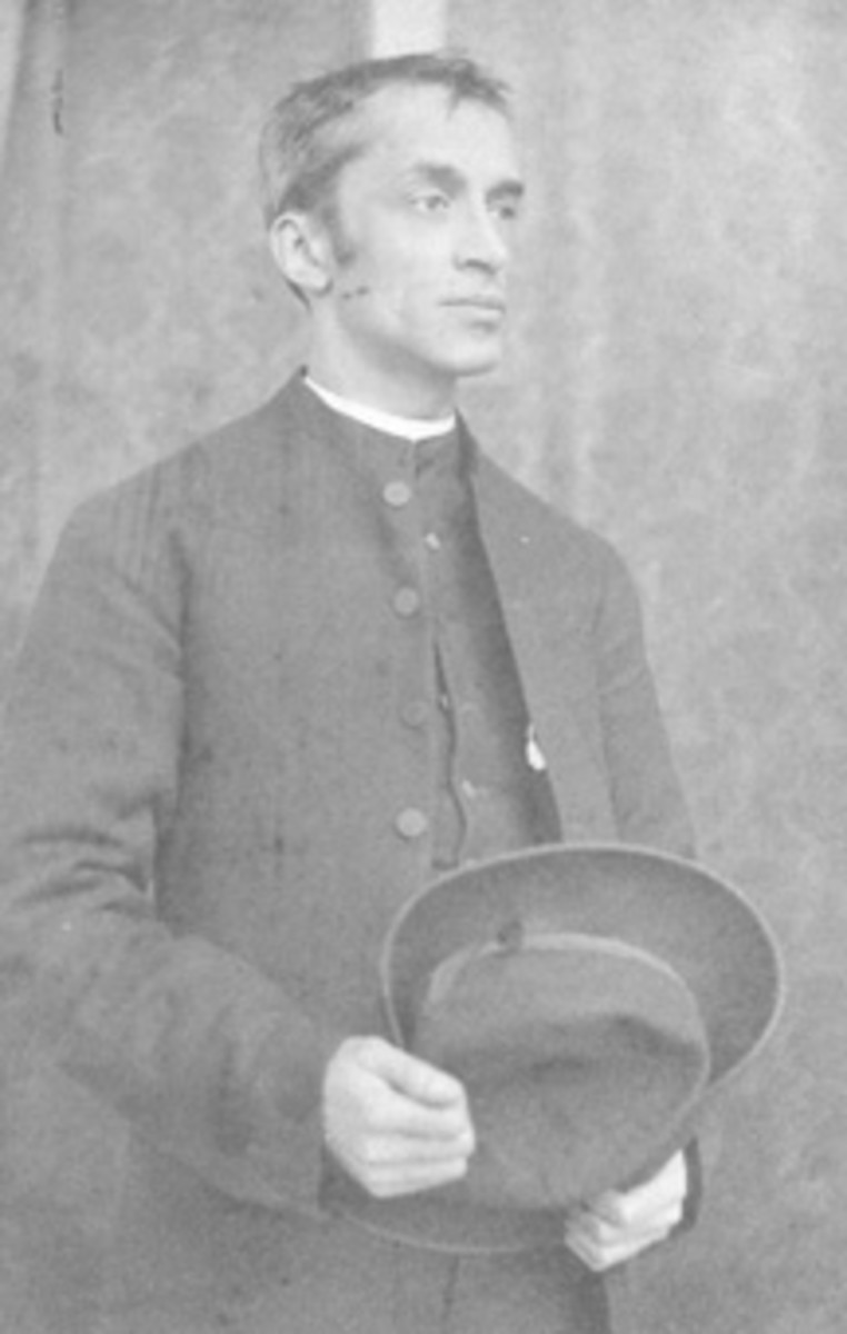Arthur Tooth SSC, was imprisoned briefly in 1876 for conducting banned methods of public worship.