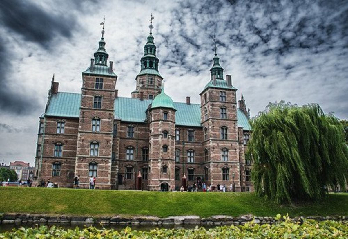 "Rosenborg Castle, home of Denmark's crown jewels, received an outsized human tooth with instructions to ""find a place for the Divine Tooth in the display with the crown jewels."" It's believed this practical joke was the work of Knud Langkow."