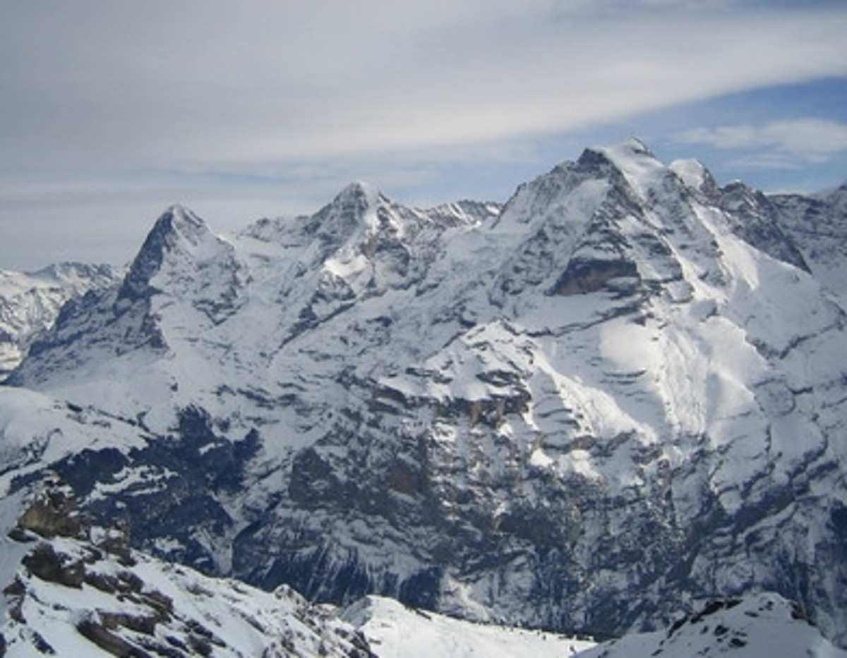 Three Peaks from left to right: Eiger, Mönch, and Jungfrau.