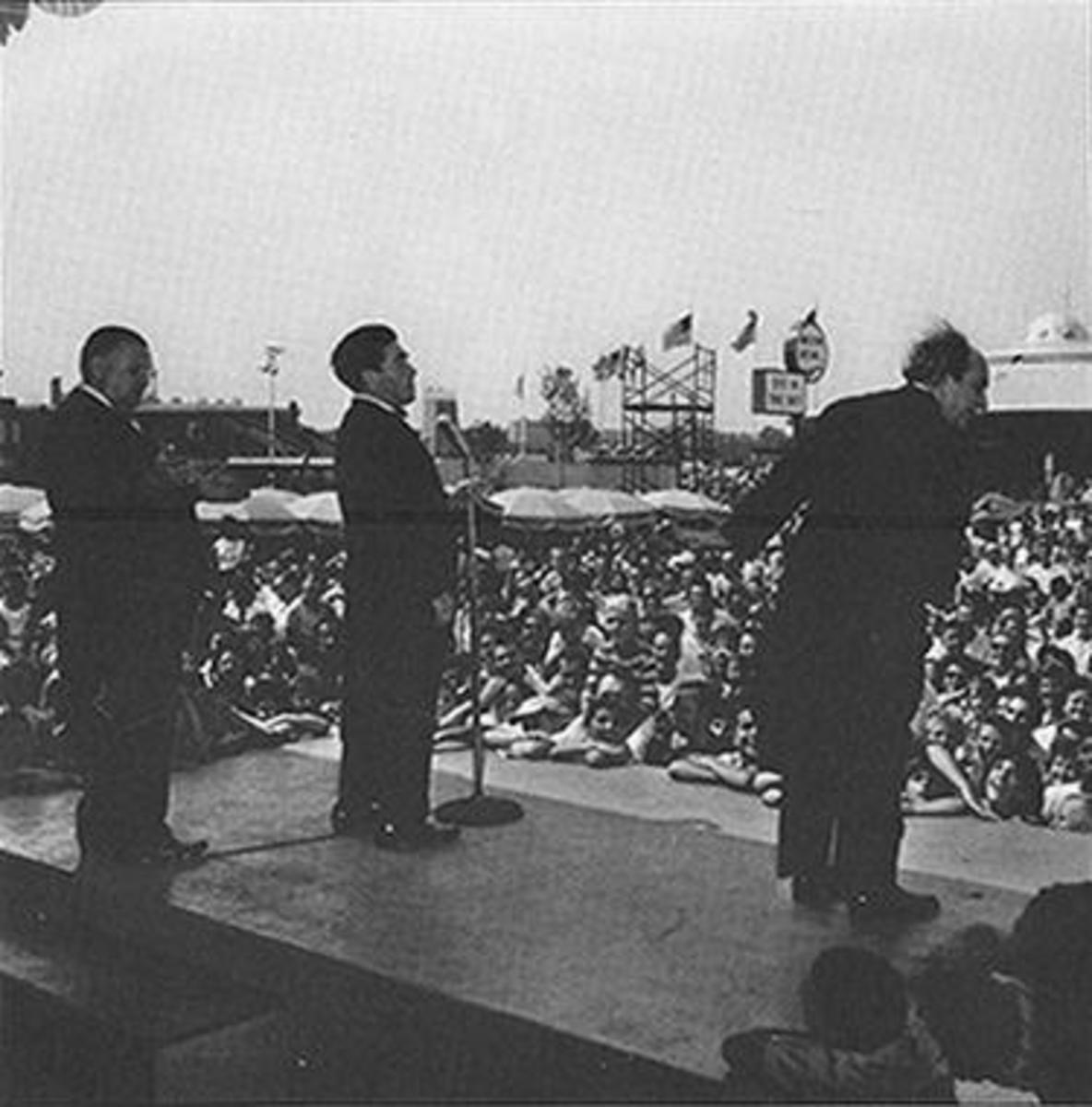 The Three Stooges performing at Freedomland.
