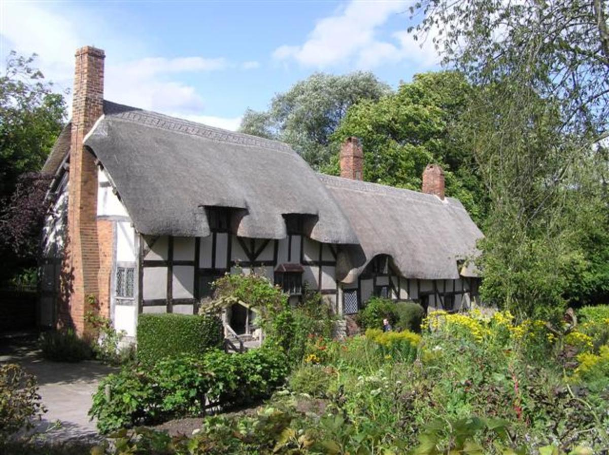 Anne Hathaway's cottage, Shottery near Stratford-upon-Avon, where William Shakespeare and his wife Anne first met.