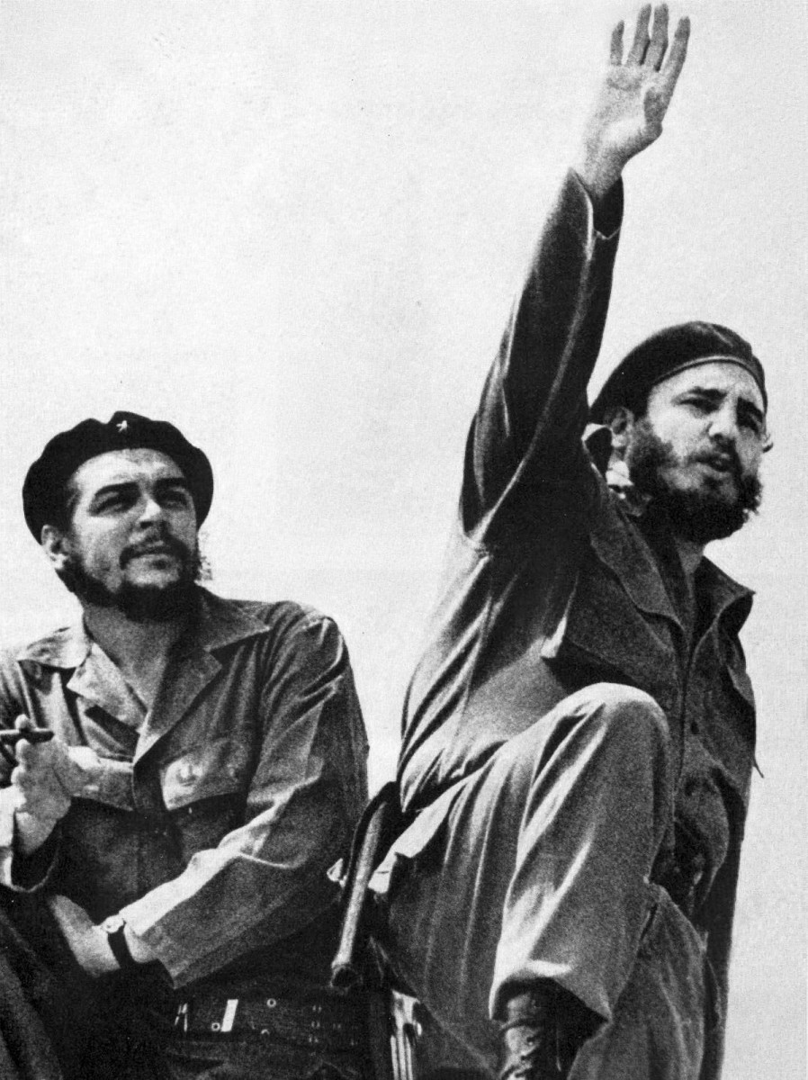 Che Guevara (left) and Castro, photographed by Alberto Korda in 1961.