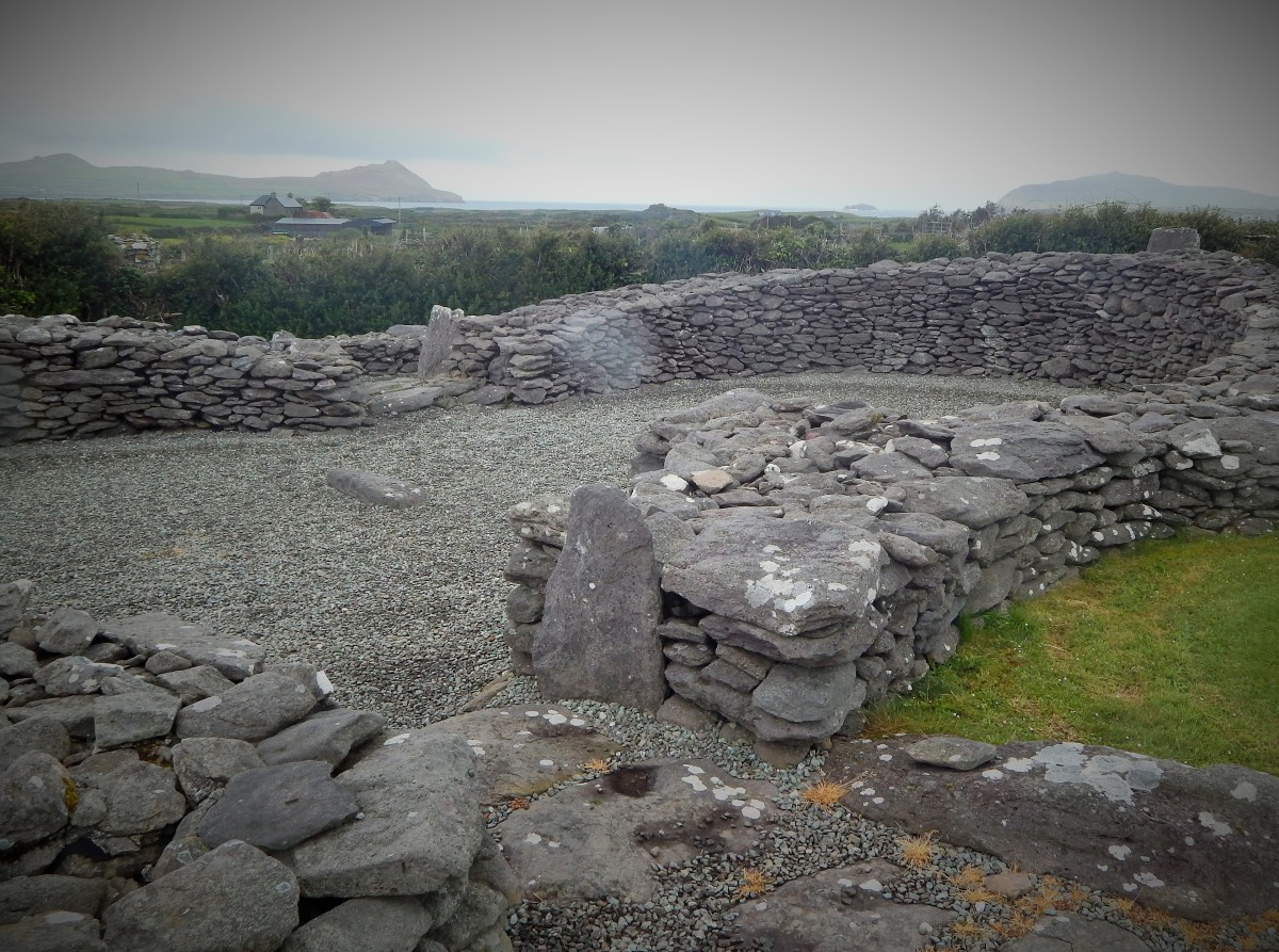 Ruins of inter-connected clocháns, Riasc Monastic Site, Co. Kerry