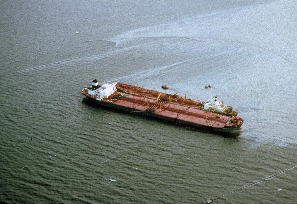 Exxon Valdez oil tanker