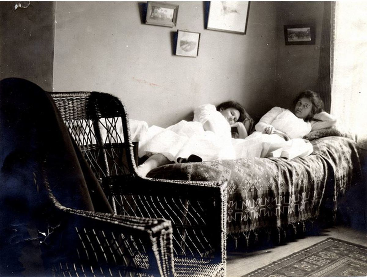 Roommates in a Vassar dorm room in the 1890s