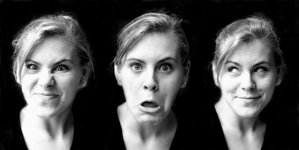 Reading facial expressions can be an important part of face detection