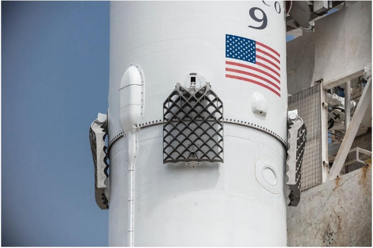 The new grid fins.