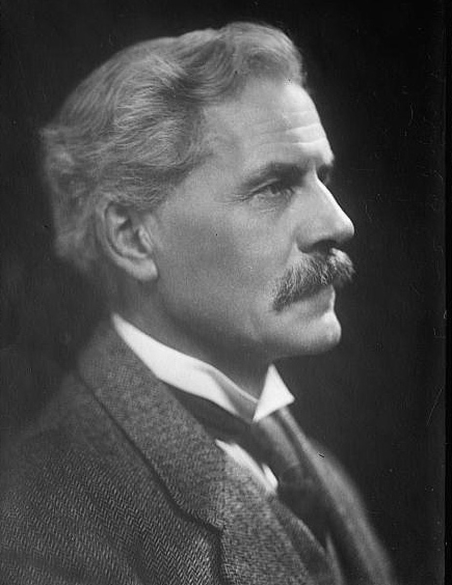 Ramsay MacDonald, leader of the British Labour Party in the 1924 government. Churchill was particularly hostile to socialism, believing that the Labour Party did not fully support the British Constitution.