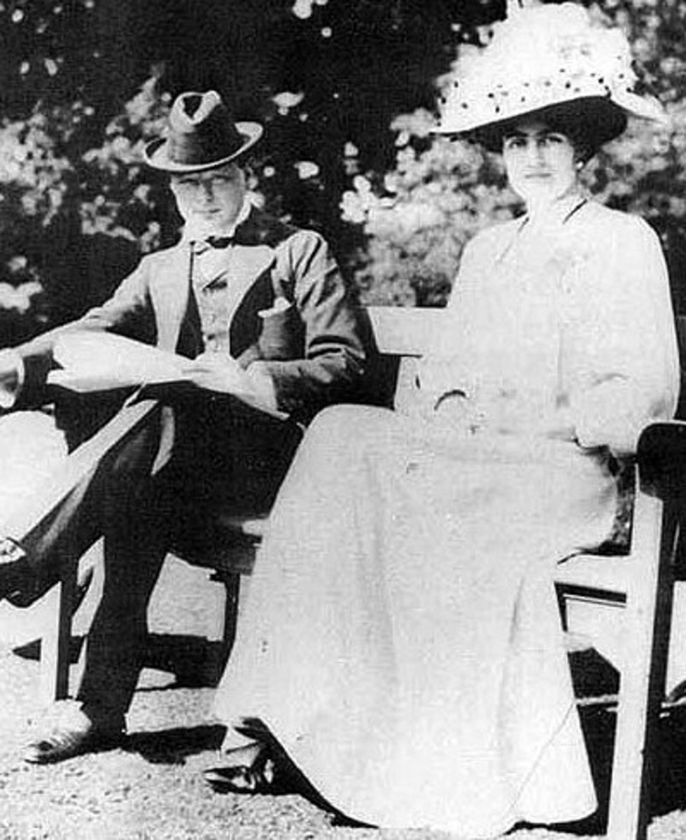 A young Churchill with his future wife, Clementine Hozier, shortly before their marriage in 1908.  He had first met her 1904 but failed to make a good impression due to social awkwardness.  They went on to have 5 children together.
