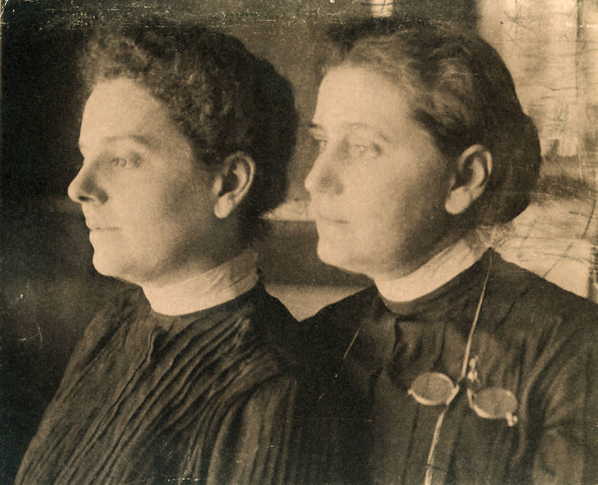 Jane Addams and Ellen Starr