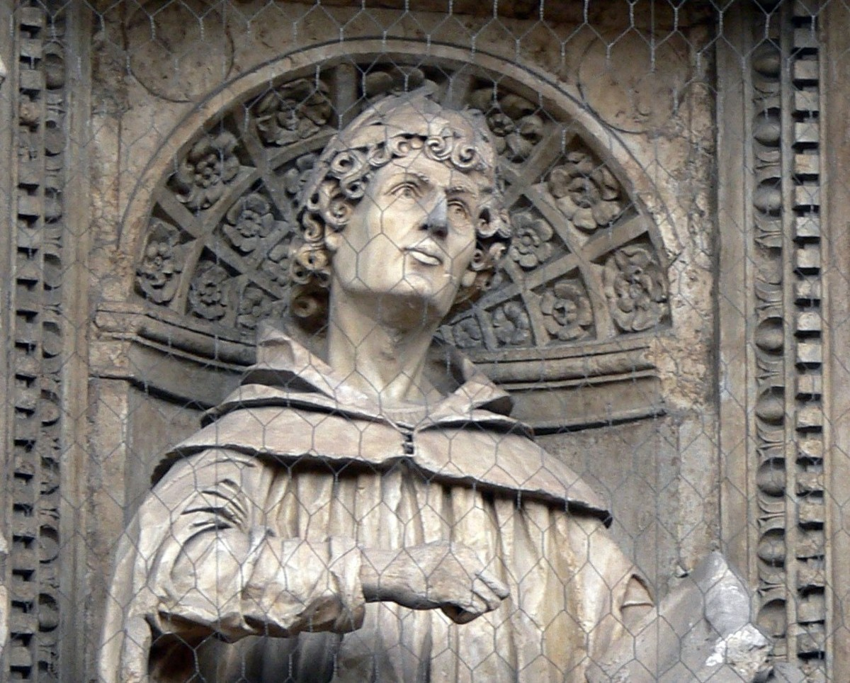 A detail of a sculpture of Pliny the Younger.