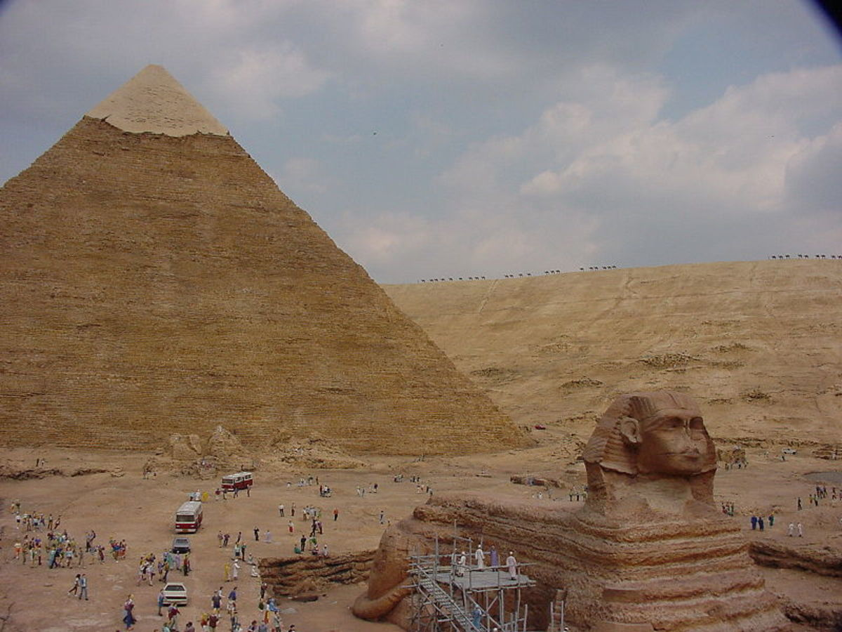 Pyramid of Khafre and the Great Sphinx were built  using new mechanical stone dressing technologies.