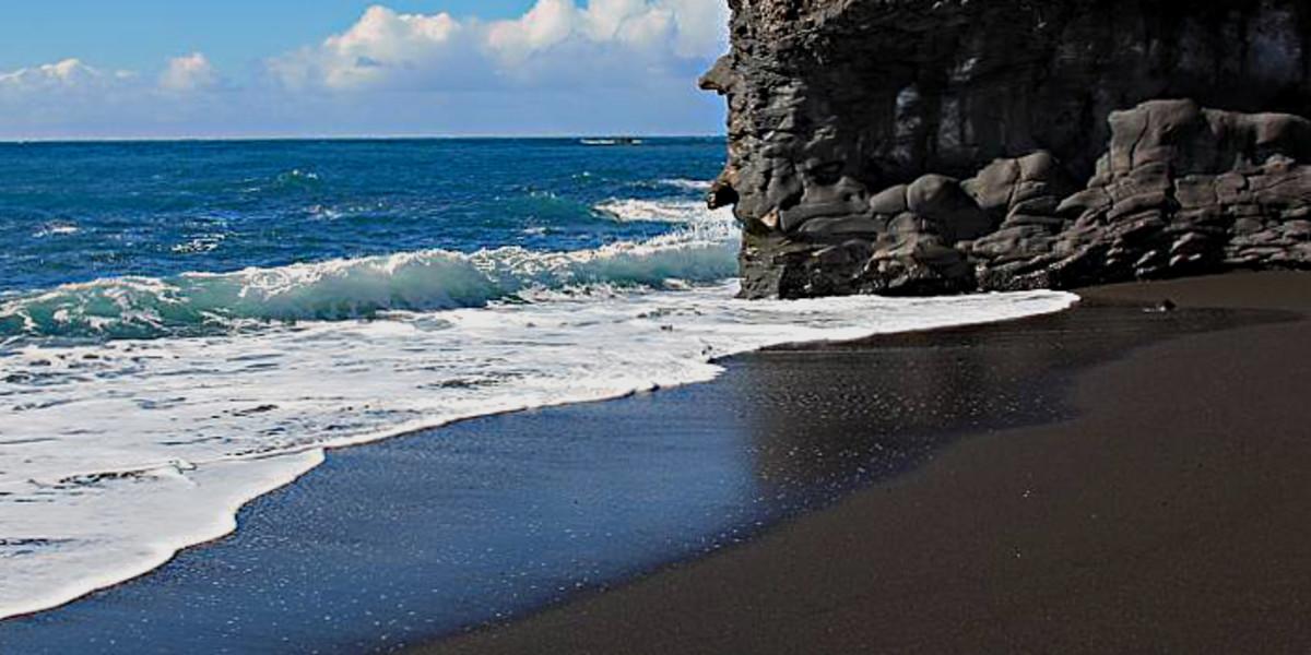 Black Puerto Naos Beach