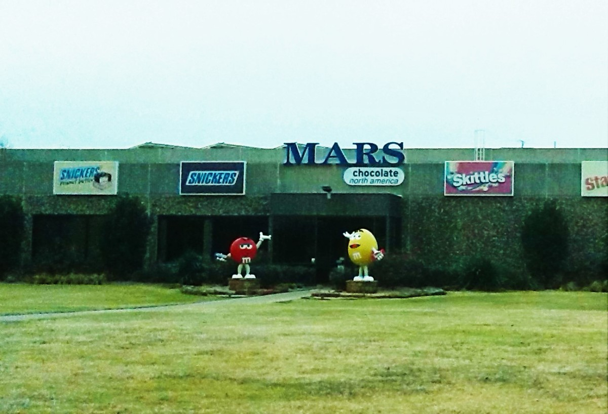 I drive by the factory where these candies are made almost every day!  Here is a picture of the outside.