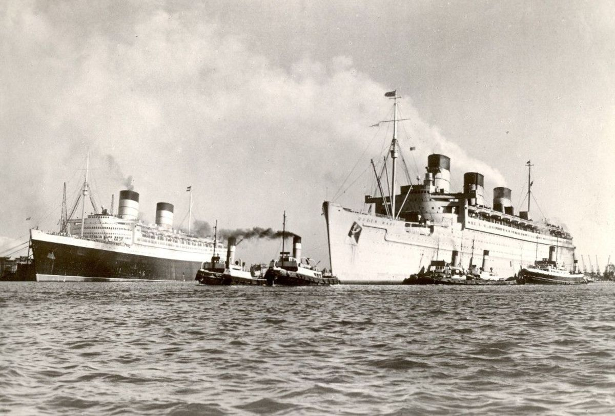 RMS Queen Elizabeth converted back to civilian service alongside RMS Queen Mary still as a troopship.