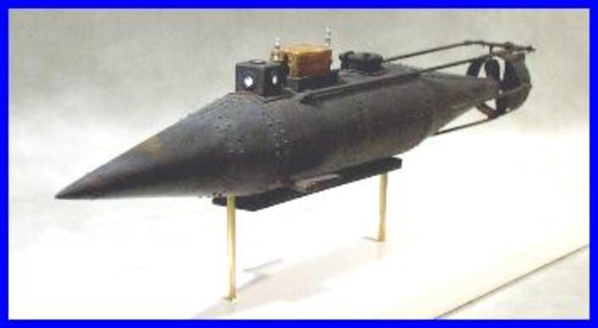 Model of Pioneer submarine