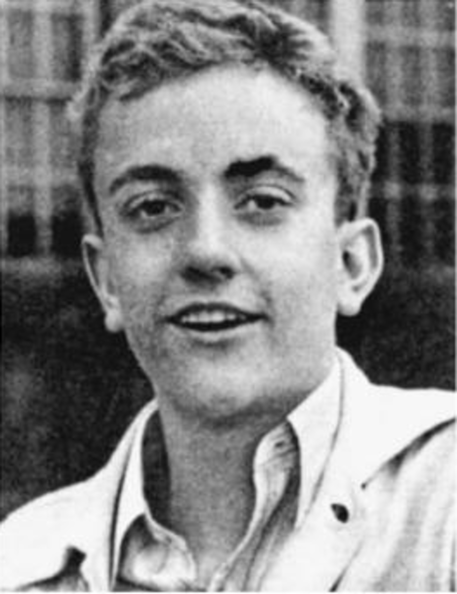 High School yearbook picture of Kurt-Vonnegut 1940.