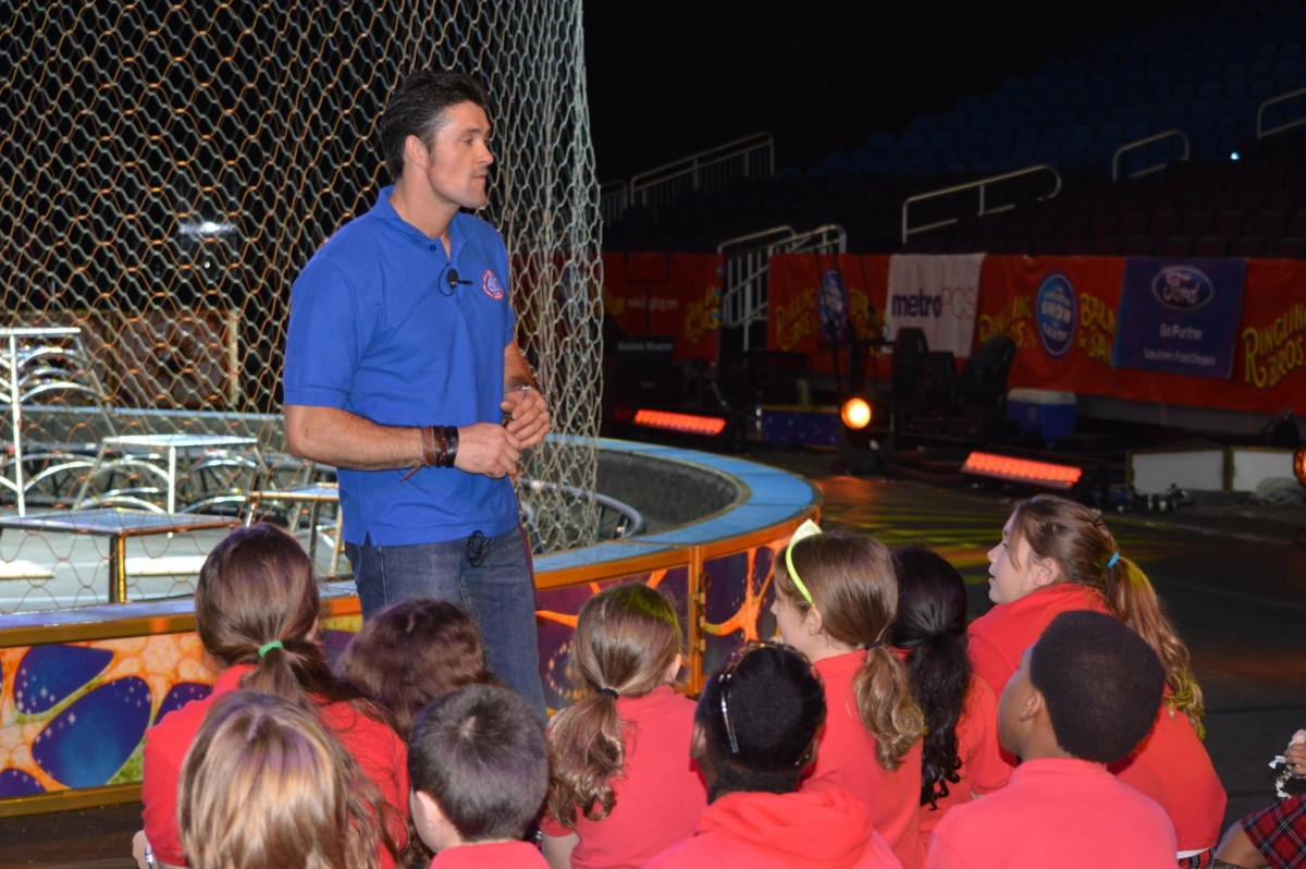 Alexander Lacey shares his knowledge about lions and tigers to students of all ages.