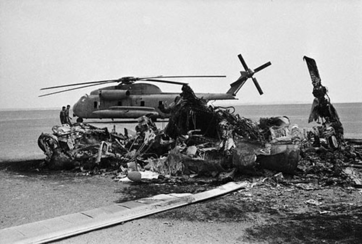 US burned helicopter in Operation Eagle Claw.