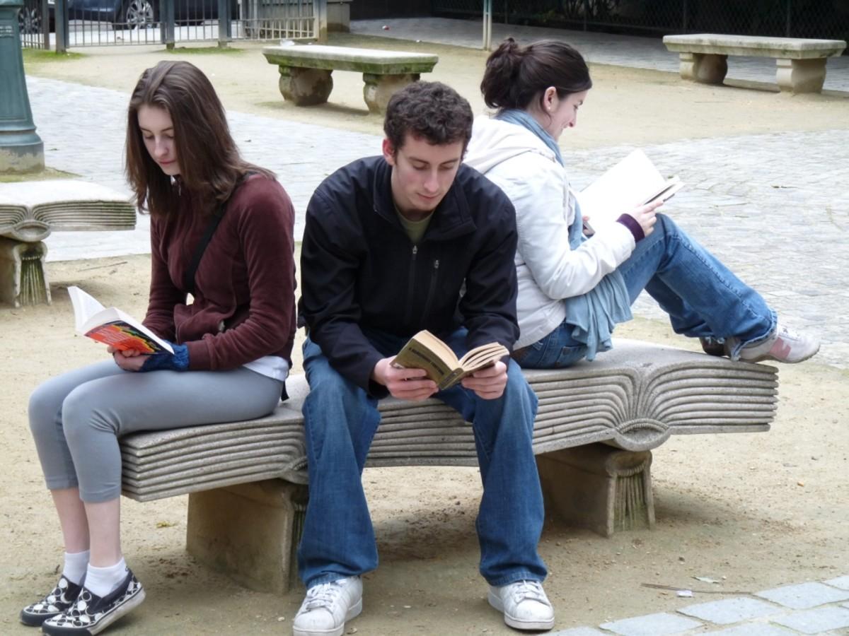 reading-fiction-improves-empathy