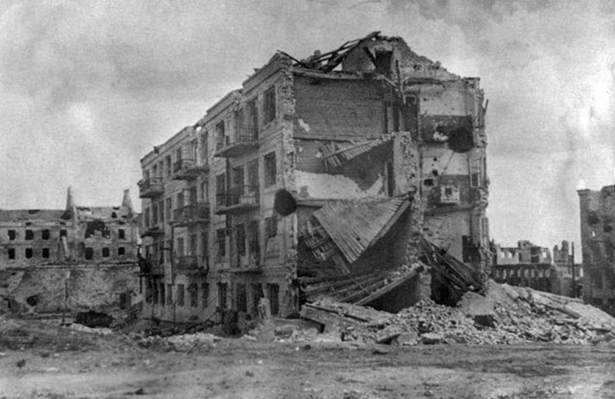 "Individual Stalingrad residences like this famous ""Pavlov's House"" became fortresses against invading Germans, and probably inspired Grossman's House 6/1 in the novel."
