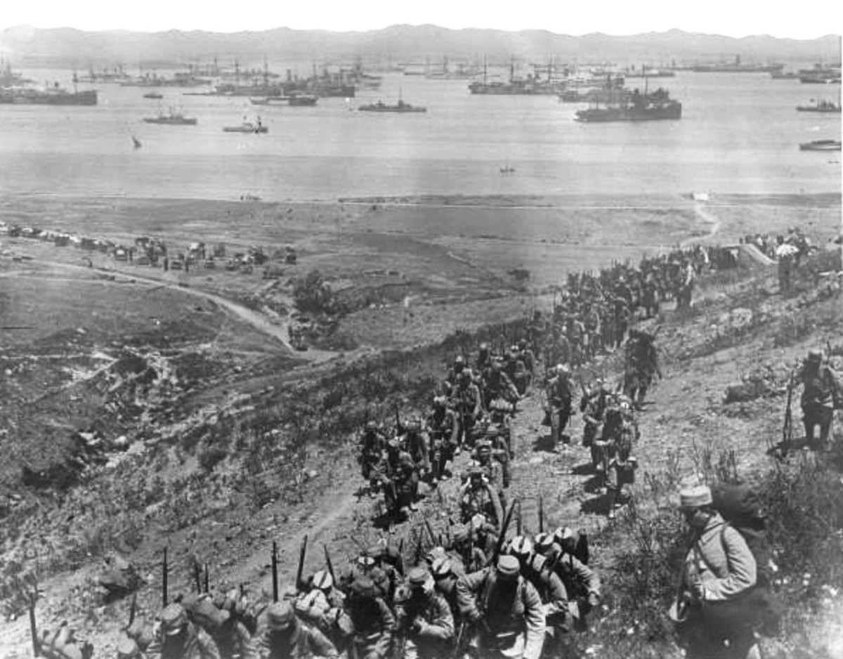 Troops Landing at Gallipoli during the Dardanelles Campaign