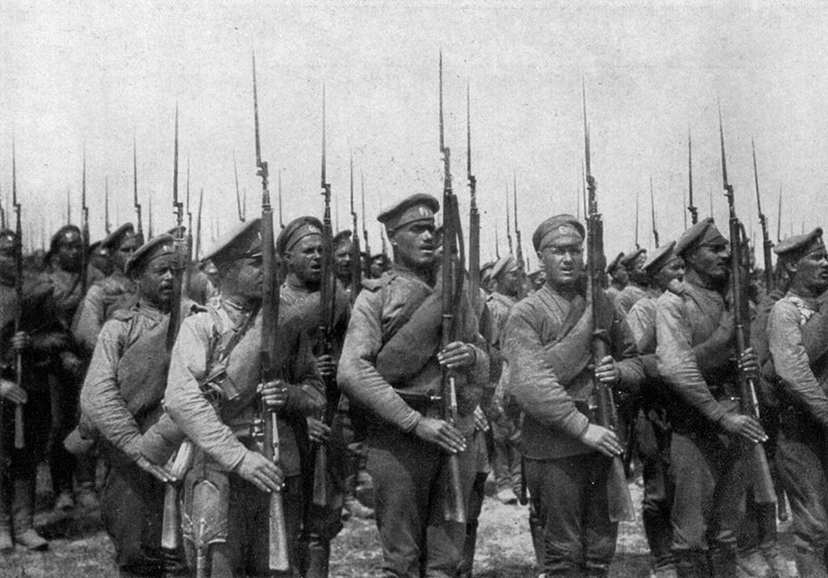 Russian soldiers formed up into ranks.