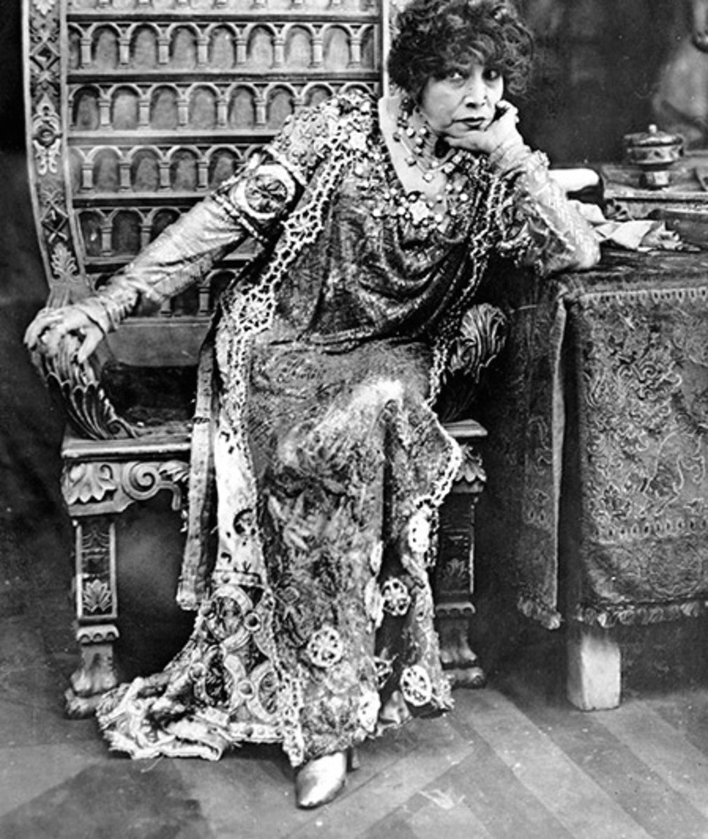 Sarah Bernhardt performed into her old age, even without one of her legs.