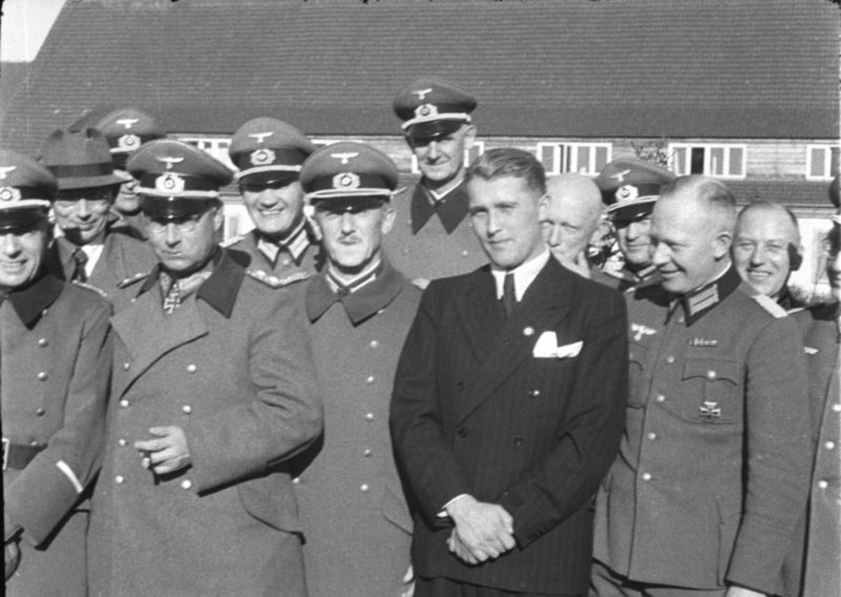 Wernher von Braun (in civil garment) at Peenemünde, in March 1941.
