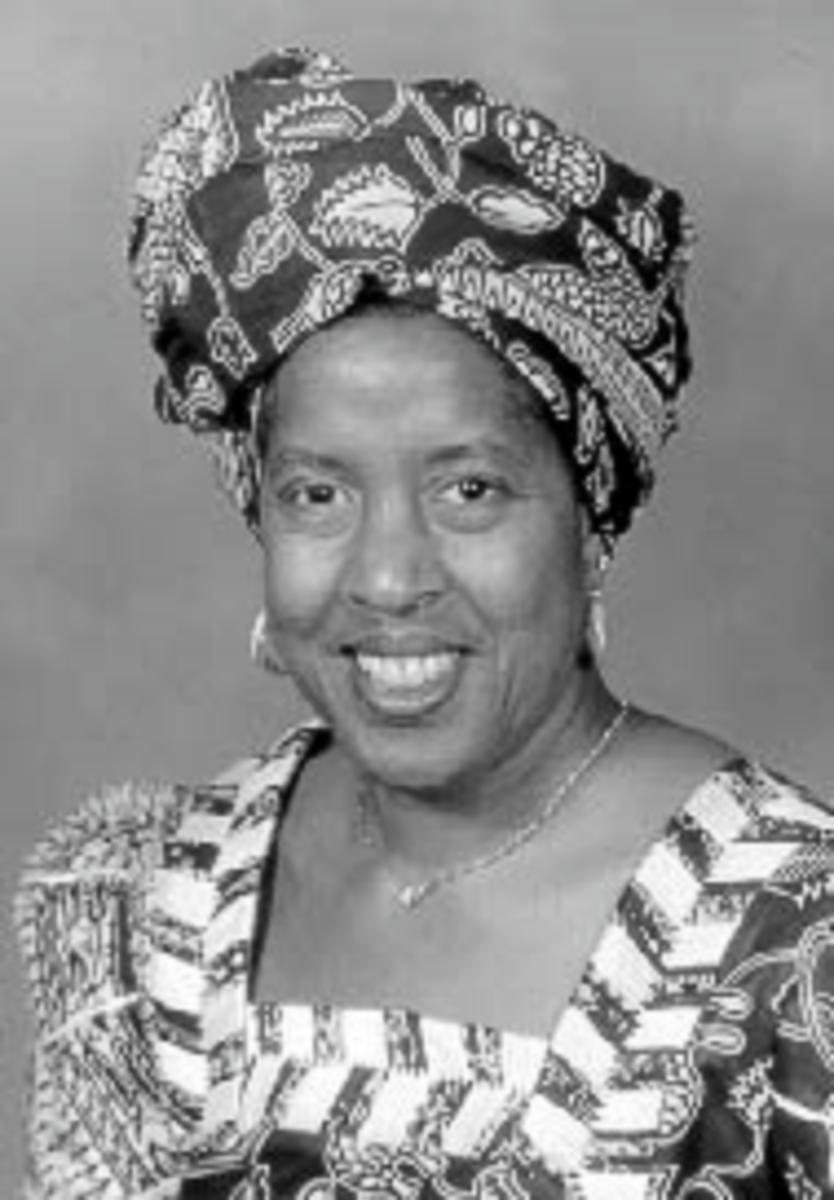 Dr. Lilia A. Abron   Washington University in St. Louis School of Engineering & Applied Science 2001 Alumni Achievement Awards