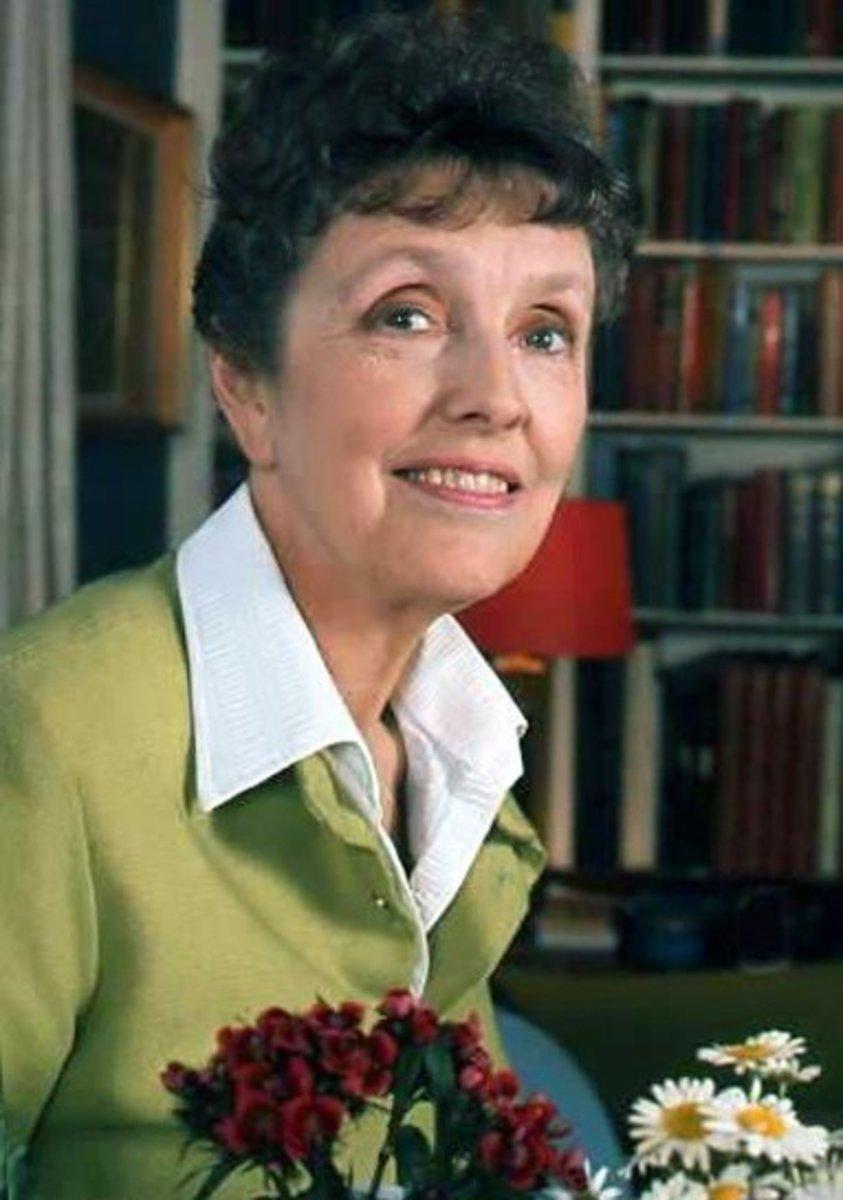 Joyce Grenfell 1972
