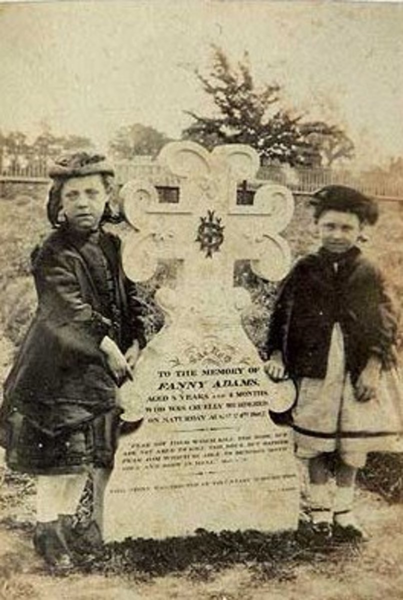 Minnie Warner and Lizzie Adams at Fanny's Grave