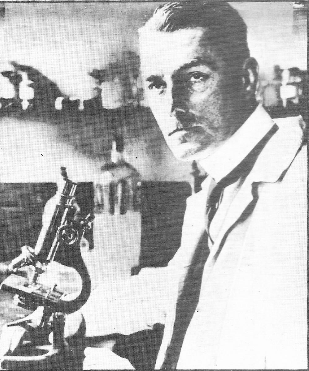 Sir Bernard Spilsbury.