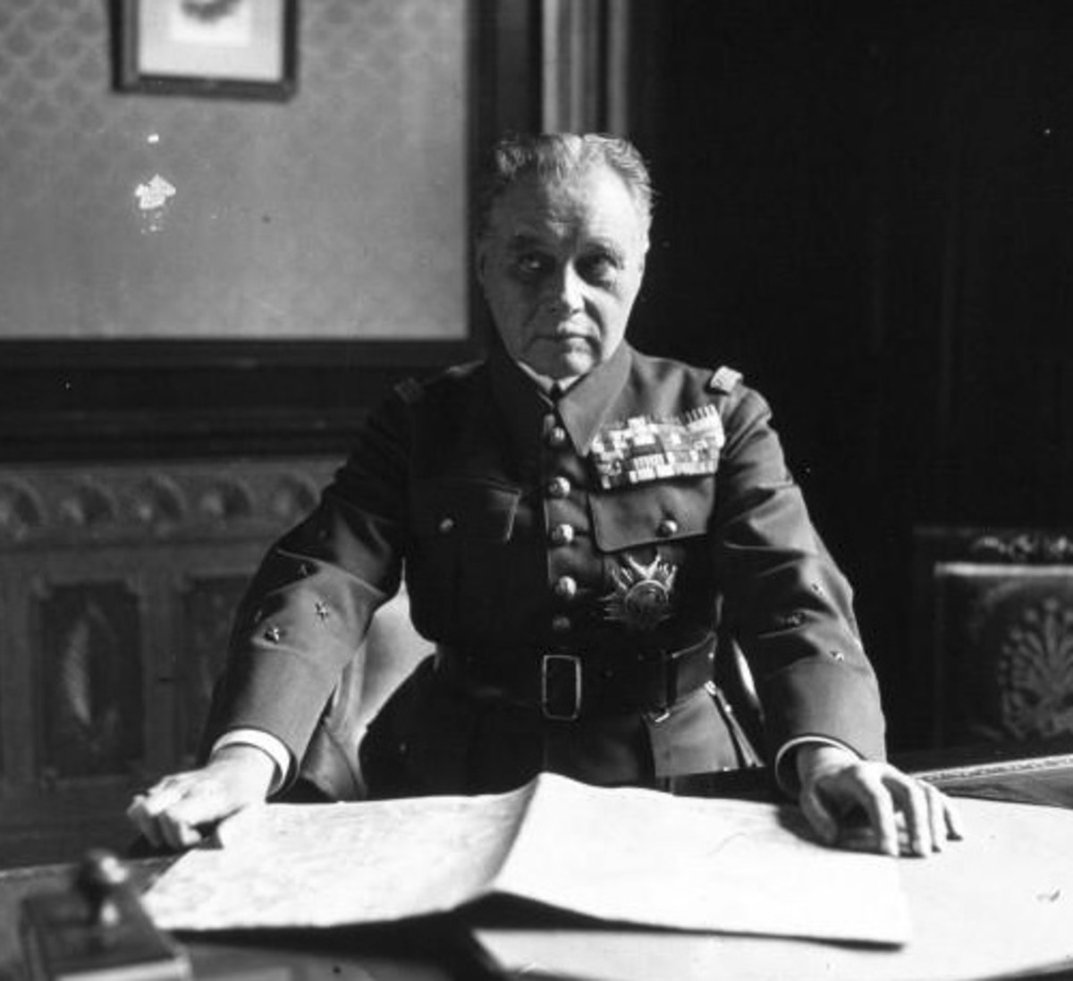 Maurice Gamelin, the commander of the French Army in 1940, the originator of the fateful Dyle plan, a tragically flawed commander. His tendency for emotional highs and lows rendered him depressed and unable to respond in 1940.