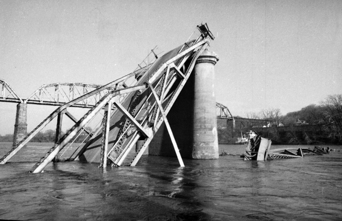 The collapsed Silver Bridge