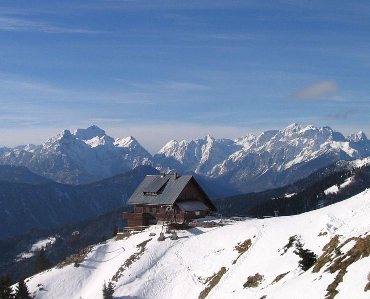 Hut on Golica