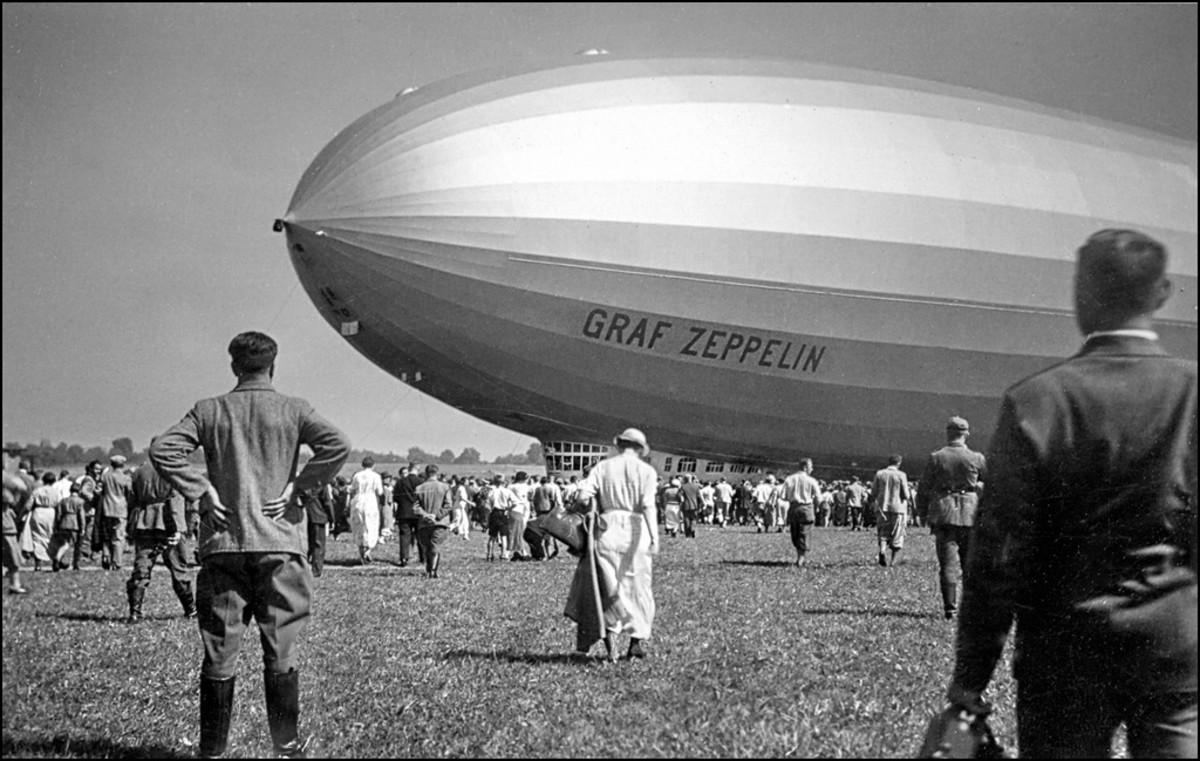 Hindenburg's sister ship, Graf Zeppelin.