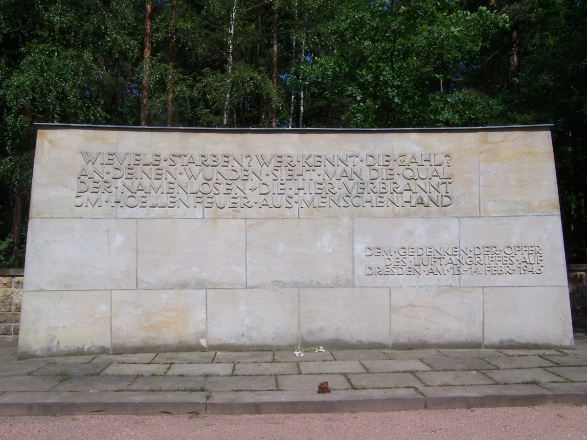 Memorial to the victims of the Dresden bombing