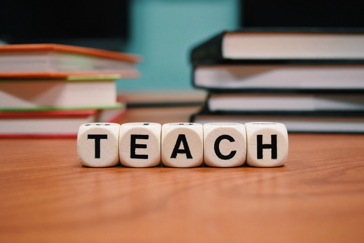 Substitute teaching can be a rewarding second career or transitional job between a new career change.