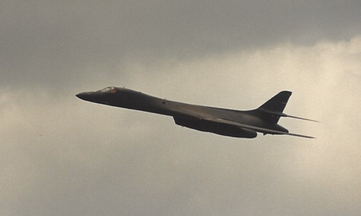 A B-1B in Flight May 13, 1989