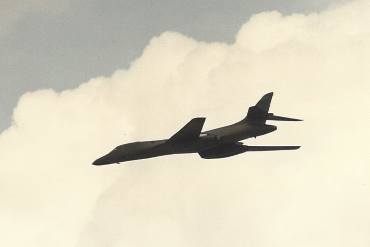 A B-1B in flight, May 13, 1989.