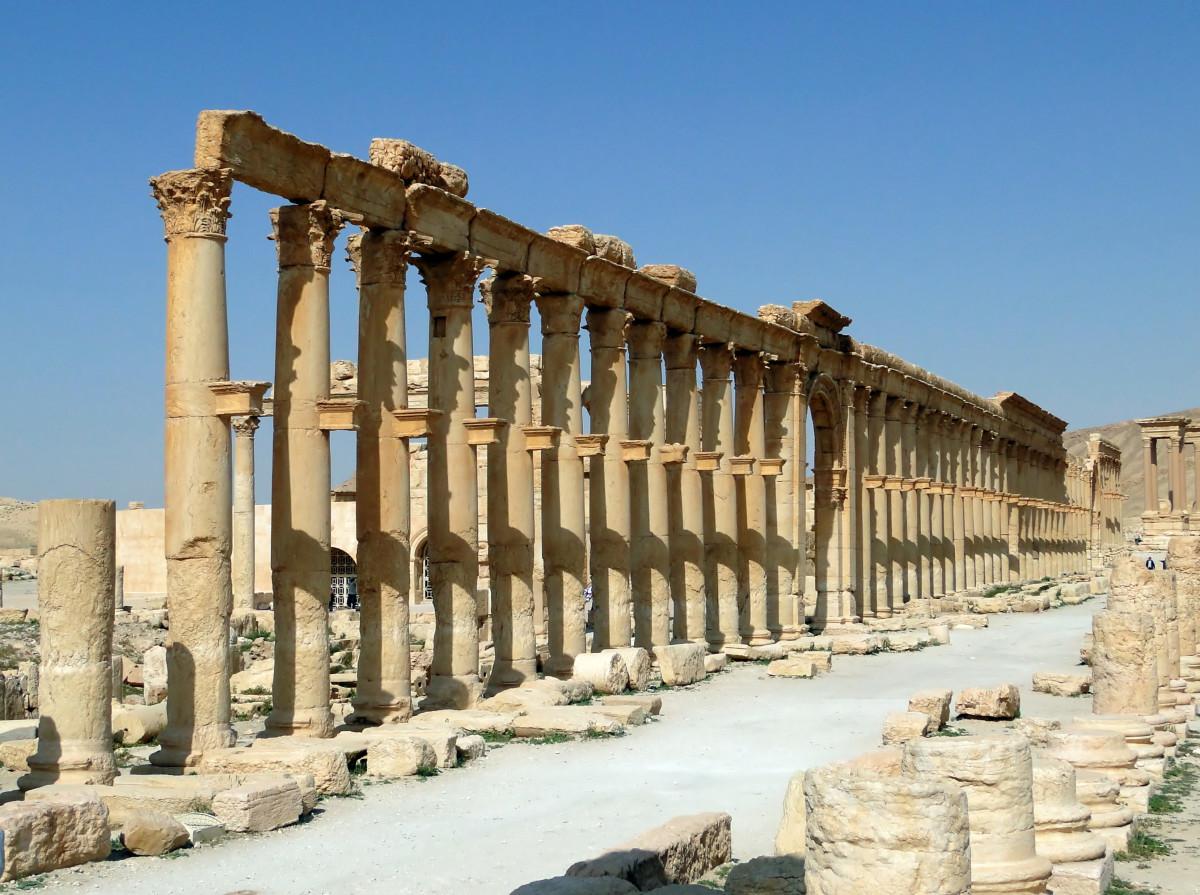 Decumanus Maximus in Palmyra in Syria