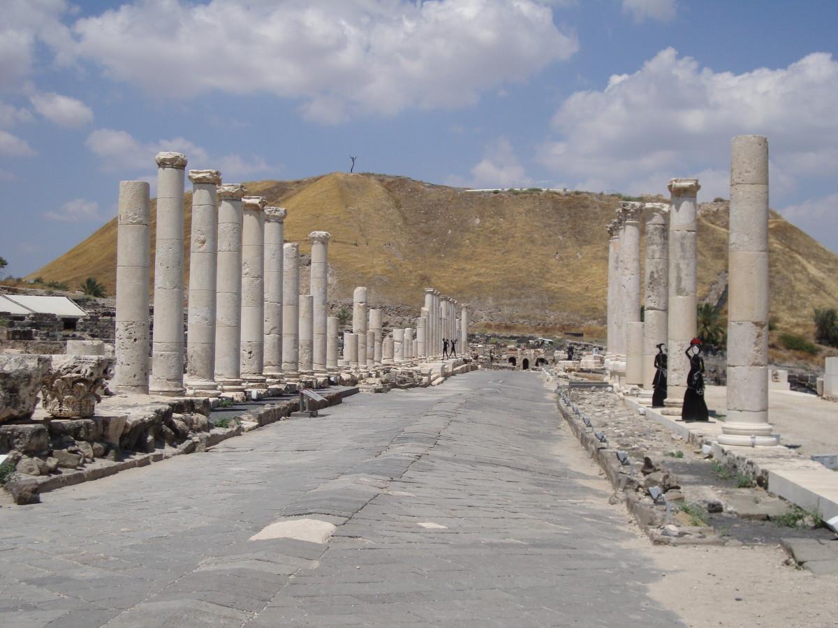 Roman cardo in Beit She'an, Israel