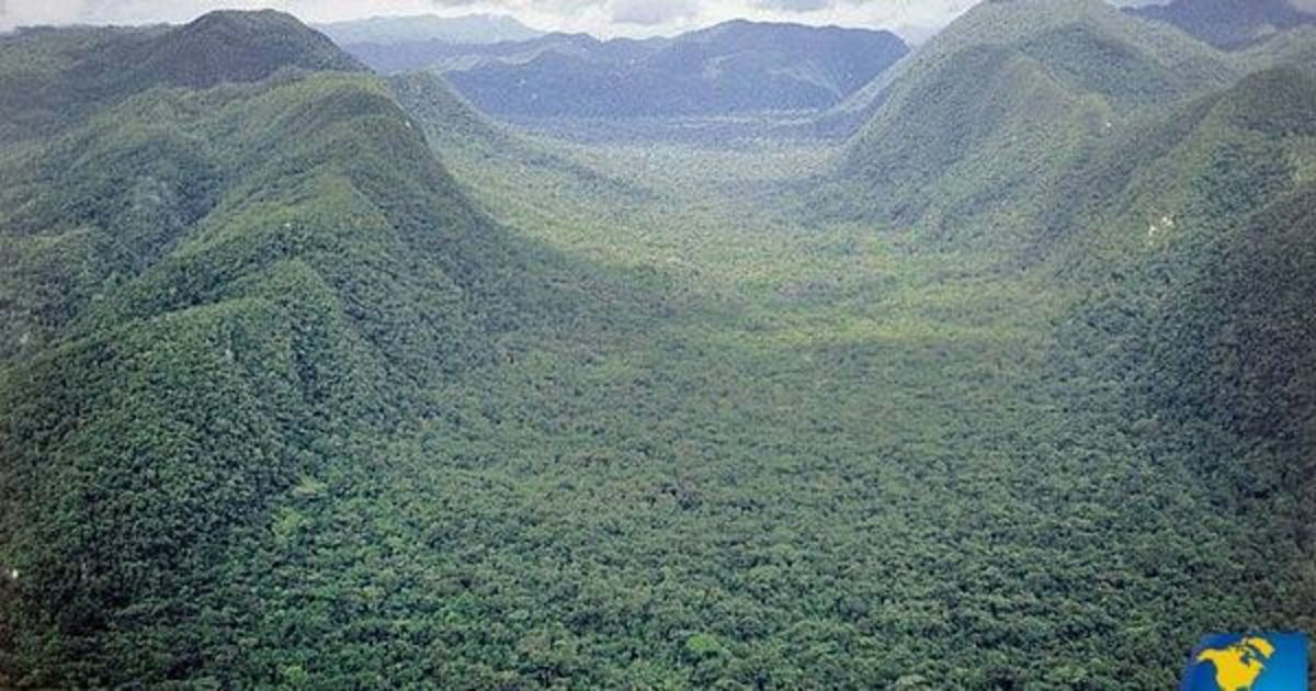 """Rugged forest-covered mountains can be found  in the northeast corner of Honduras, where La Mosquitia, el Rio Platano and the """"Lost"""" White Cities are situated"""