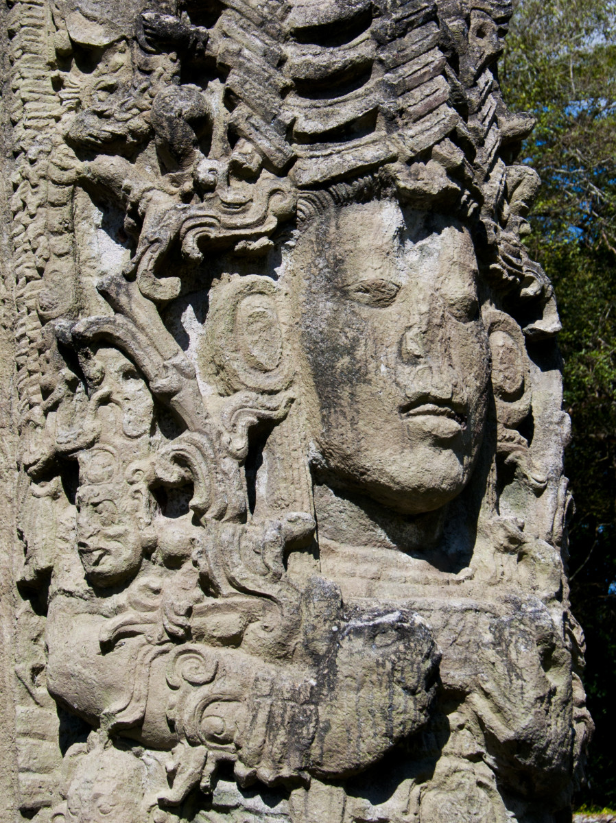 Uaxaclajuun Ub'aah K'awiil, 18-Rabbit, as depicted on Stela A, Copán.