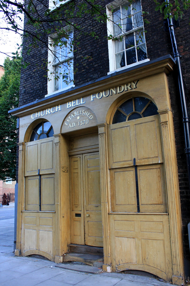 Street entrance of Whitechapel Bell Foundry, London. Photo taken on 14 September 2011 by Mramoeba.