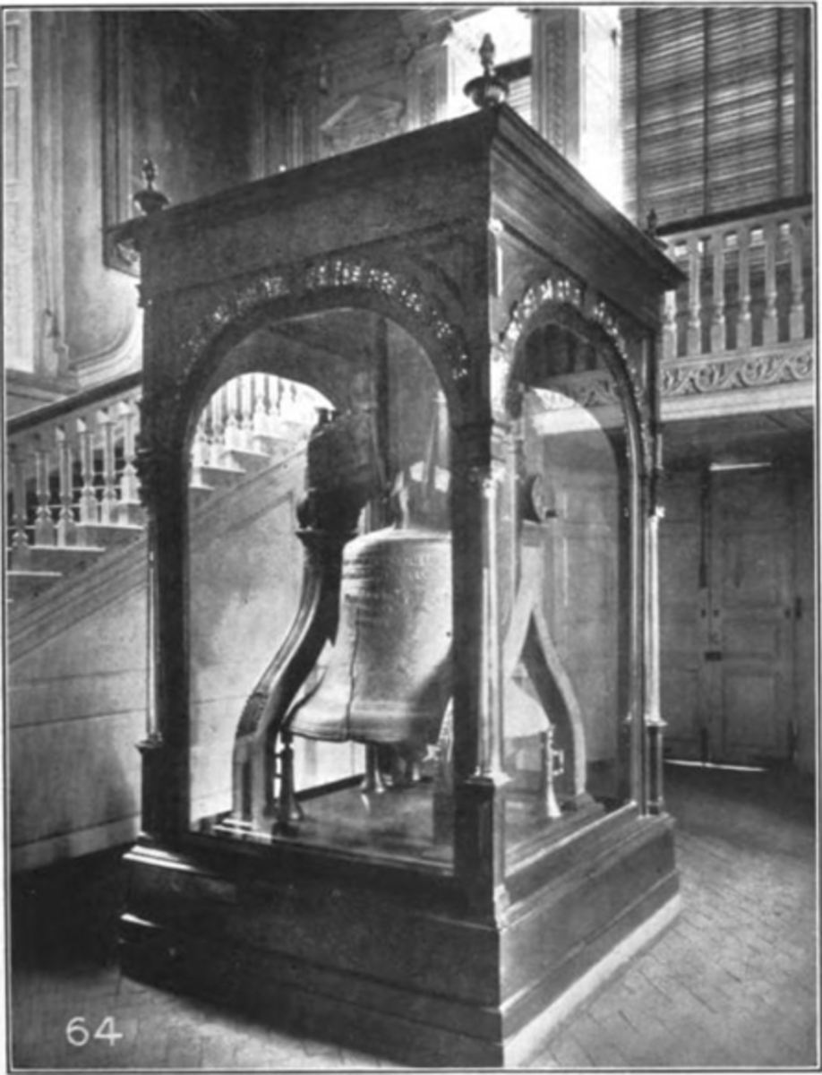 The glass-encased Liberty Bell in the tower hall of Independence Hall.